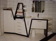 Badmöbel schwarz weiß